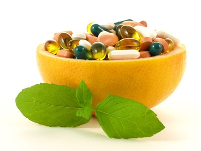 What vitamins and supplements help relieve pain